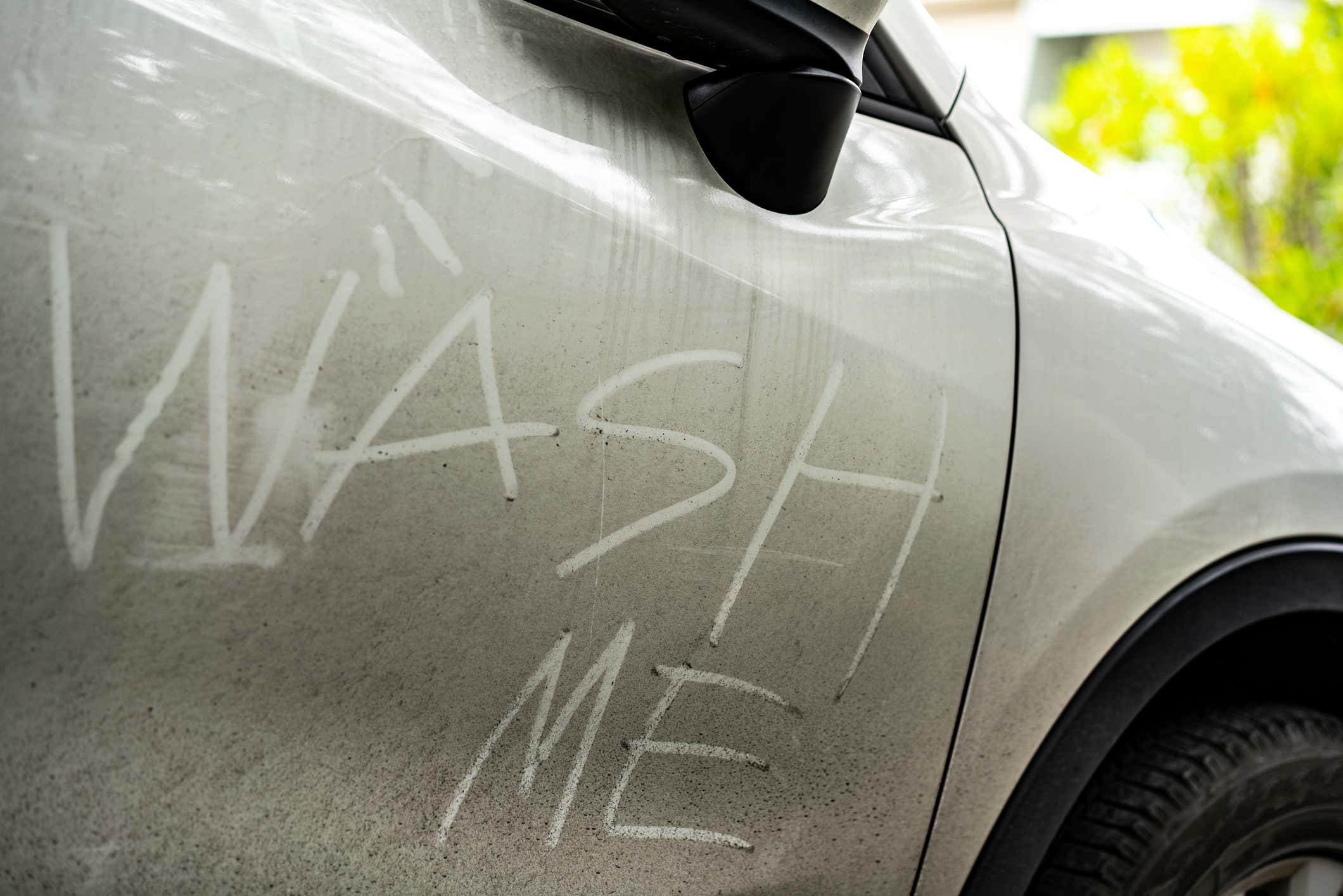 How To Wax Your Car For Great Results 4 Easy Steps The Drive
