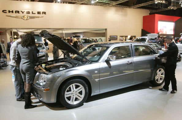 The Chrysler 300C at a car fair in Brussels