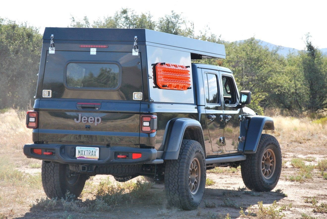 All In One At Summit Habitat Camper For Jeep Gladiator Is Built To Go Off Grid