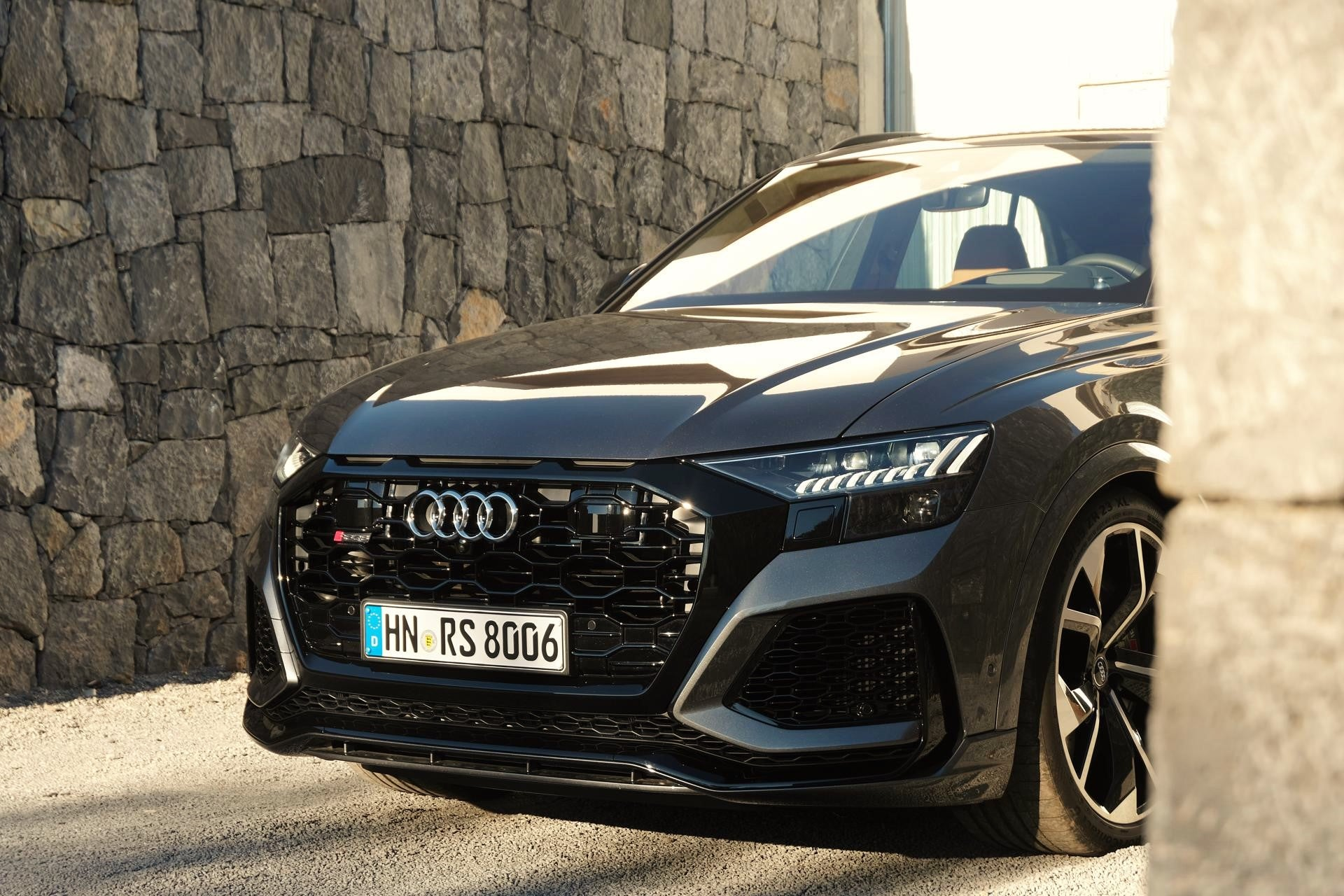 2020 Audi Rs Q8 Review An Mma Heavyweight In A Hugo Boss Suit