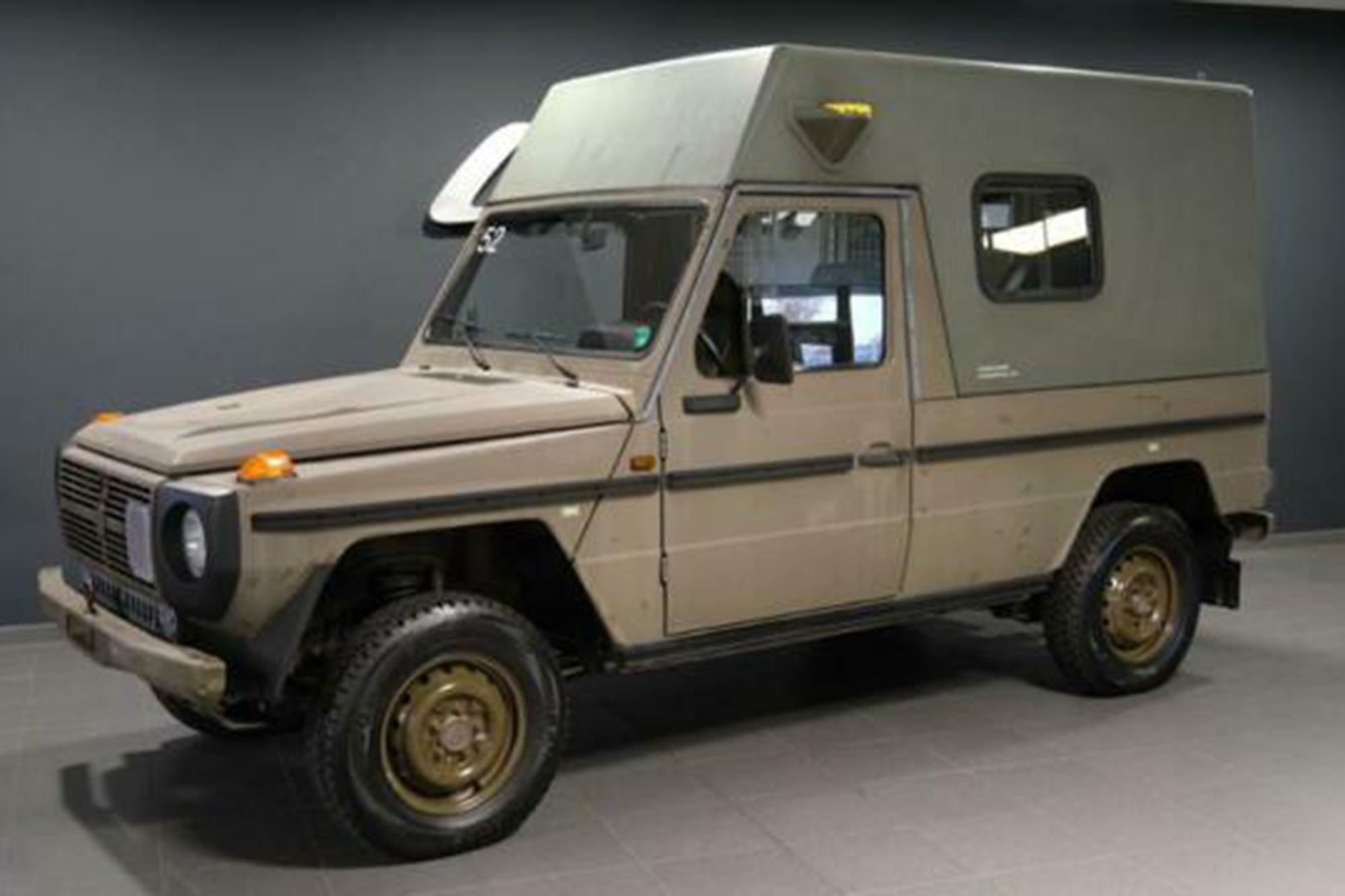 There S A German Dealer Selling Off Dozens Of Cheap Ex Military G Wagens
