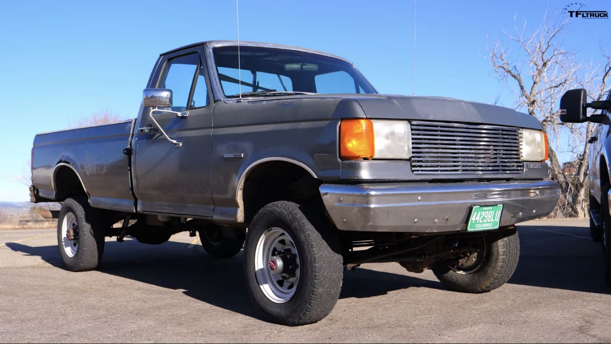 Here S How A New 7 3 L Ford Super Duty Pickup Compares To One From 30 Years Ago