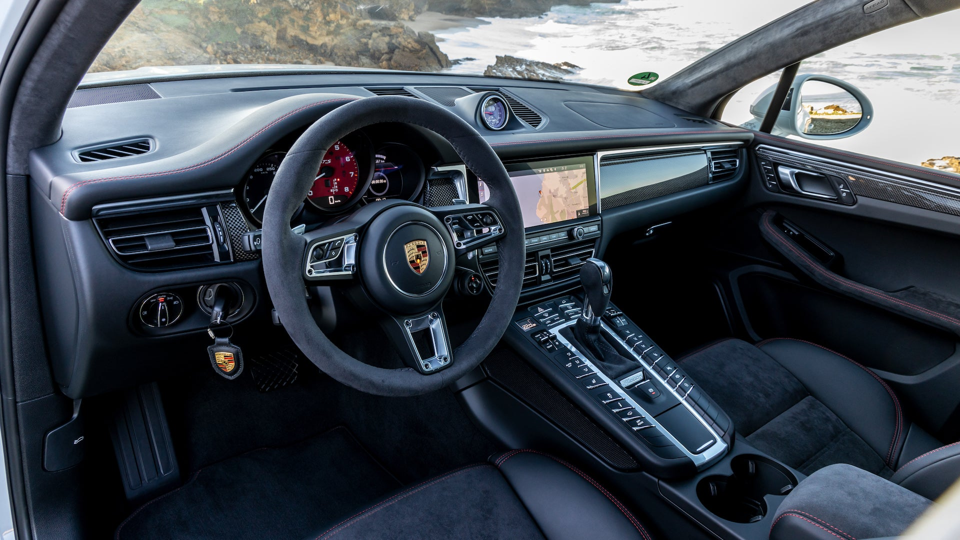 The 2020 Porsche Macan Gts First Drive Review The Tallest Hot Hatch Is Back The Drive