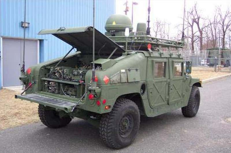 military HMMWV antenna mount