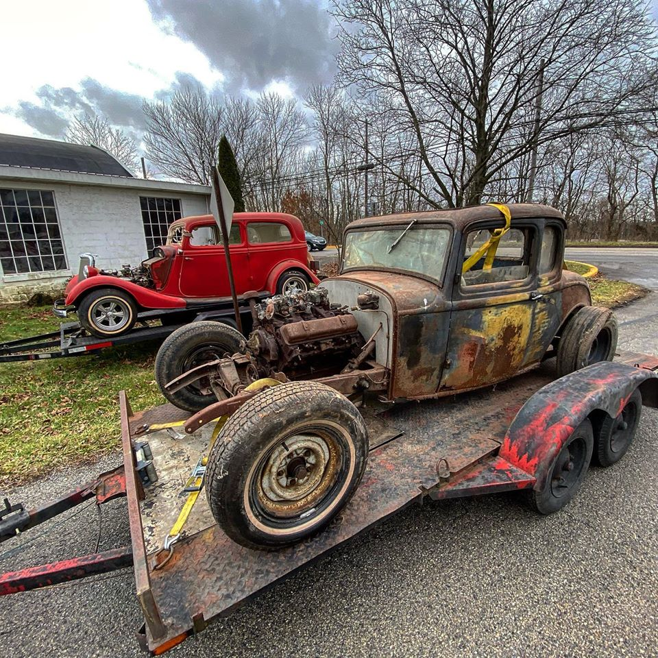 50 Cars Were Found In His Barn... Here's What Larry Schroll Was Hiding