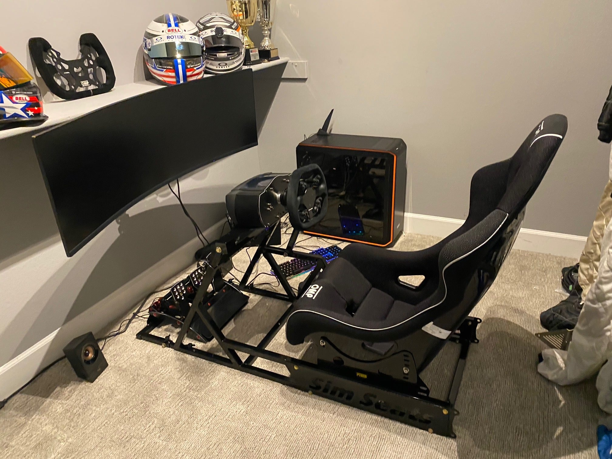 I Spent 8 085 To Build My Pro Sim Racing Rig Here S What I Bought