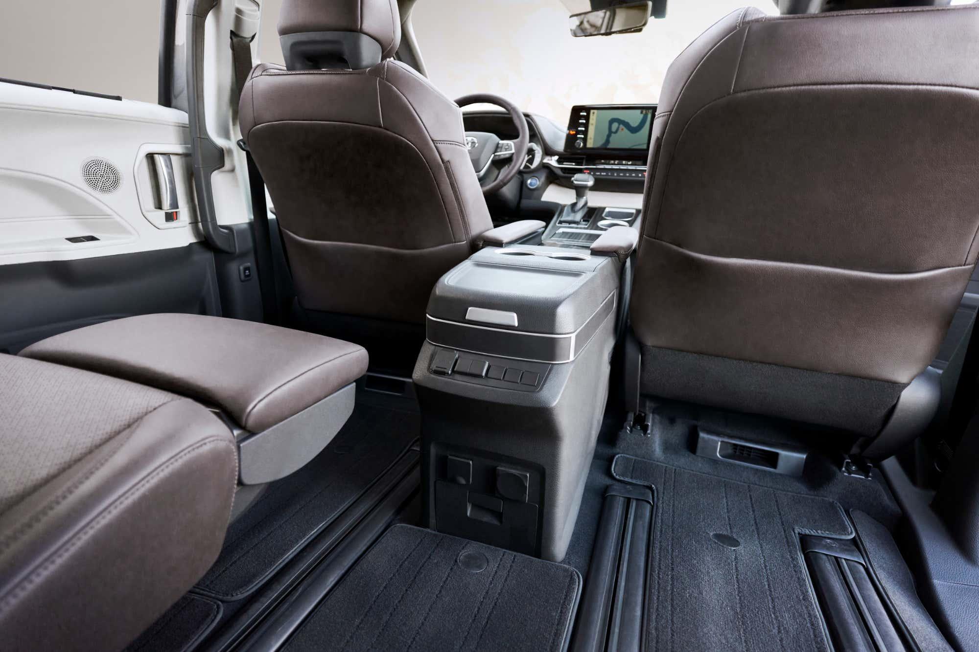 sienna toyota hybrid minivan platinum goes drive
