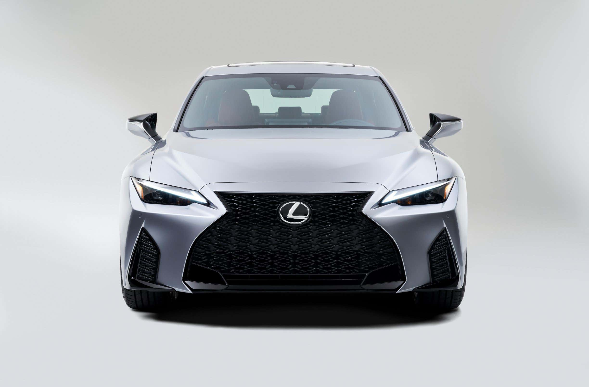 2021 lexus is: a mild design update and apple carplay aim