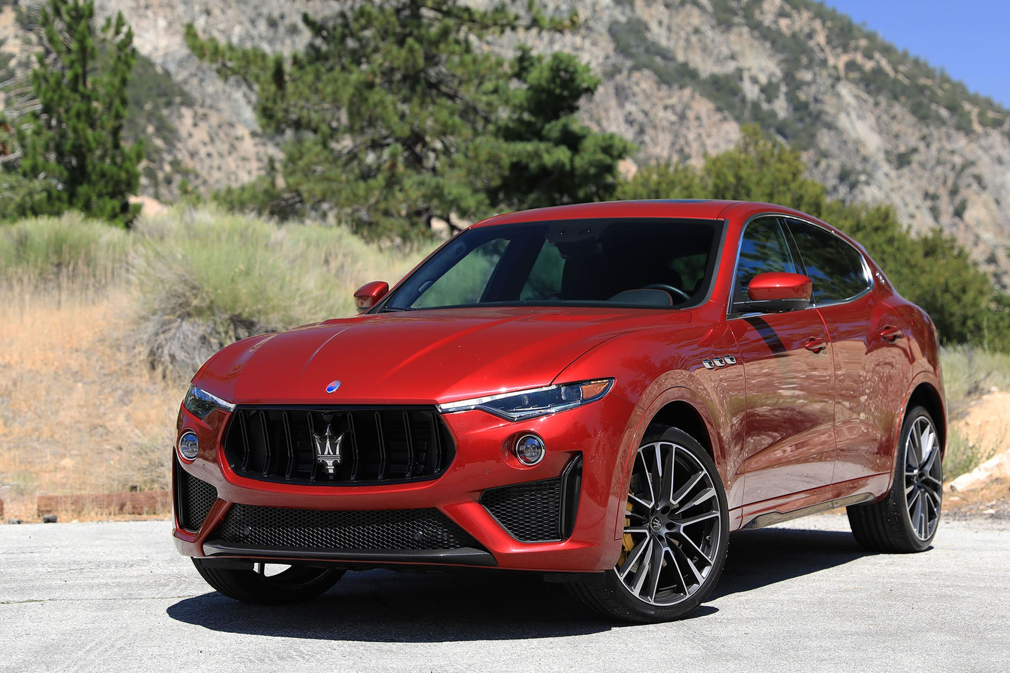 The 2020 Maserati Levante Trofeo Review The Italian Trackhawk For Better Or Worse