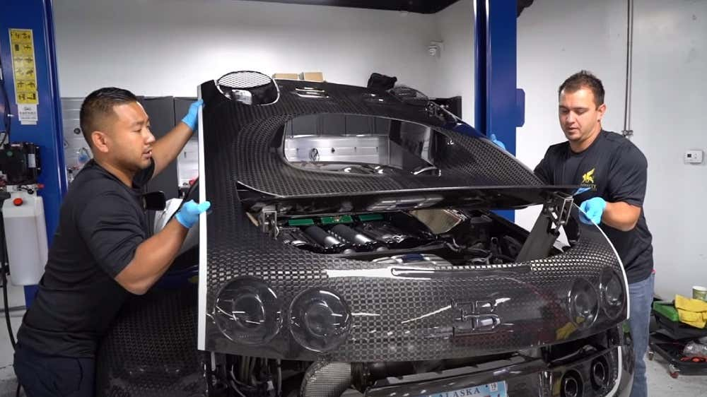 This Is What A 21 000 Oil Change On A Bugatti Veyron Looks Like