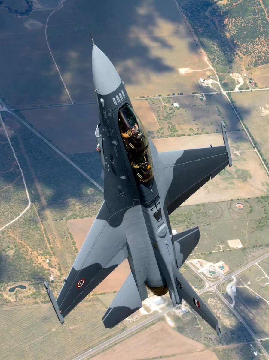 Флот F-16 иракских ВВС находится на грани краха, несмотря на эффектные облеты
