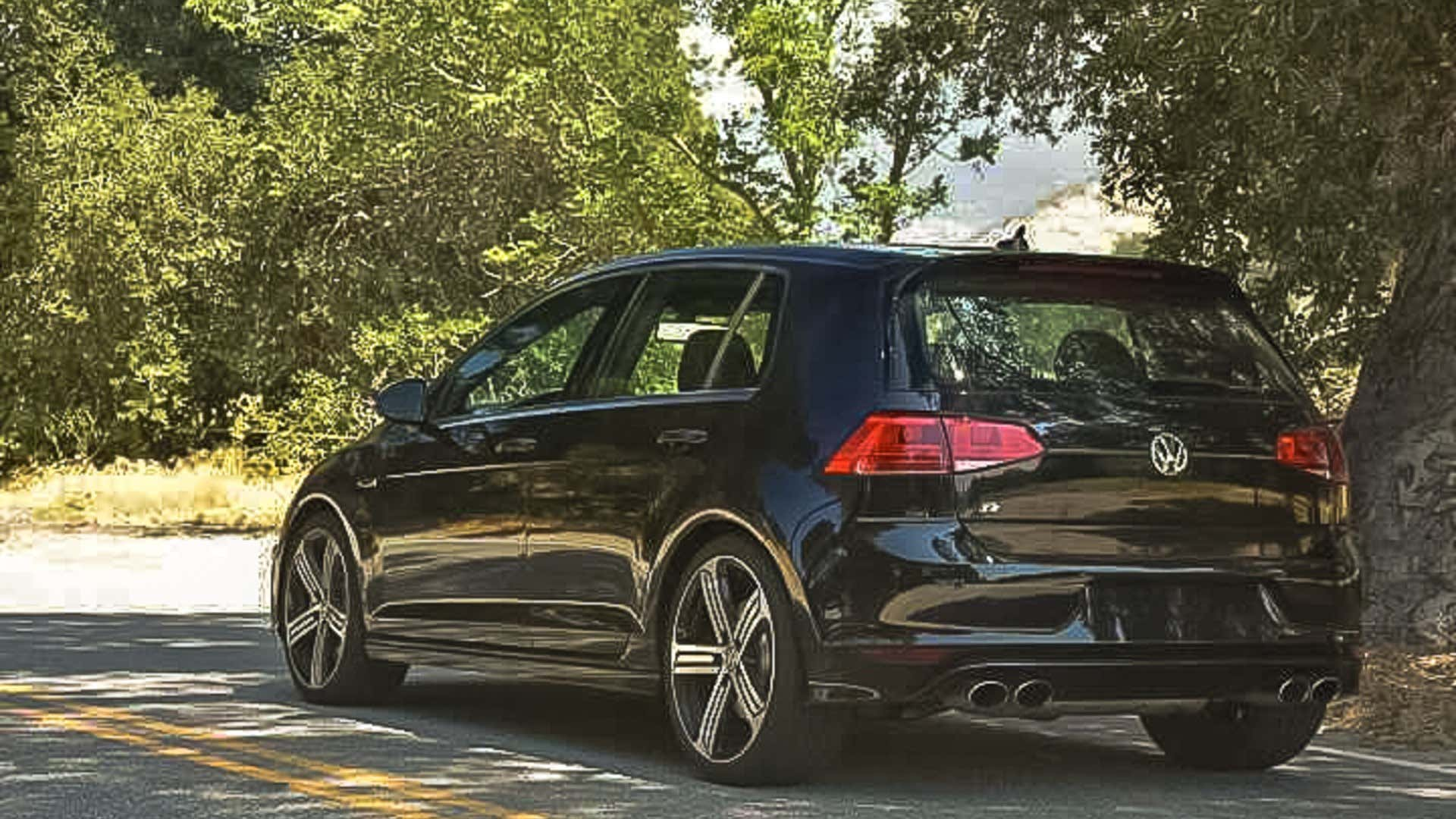 The author's previously leased Golf R.