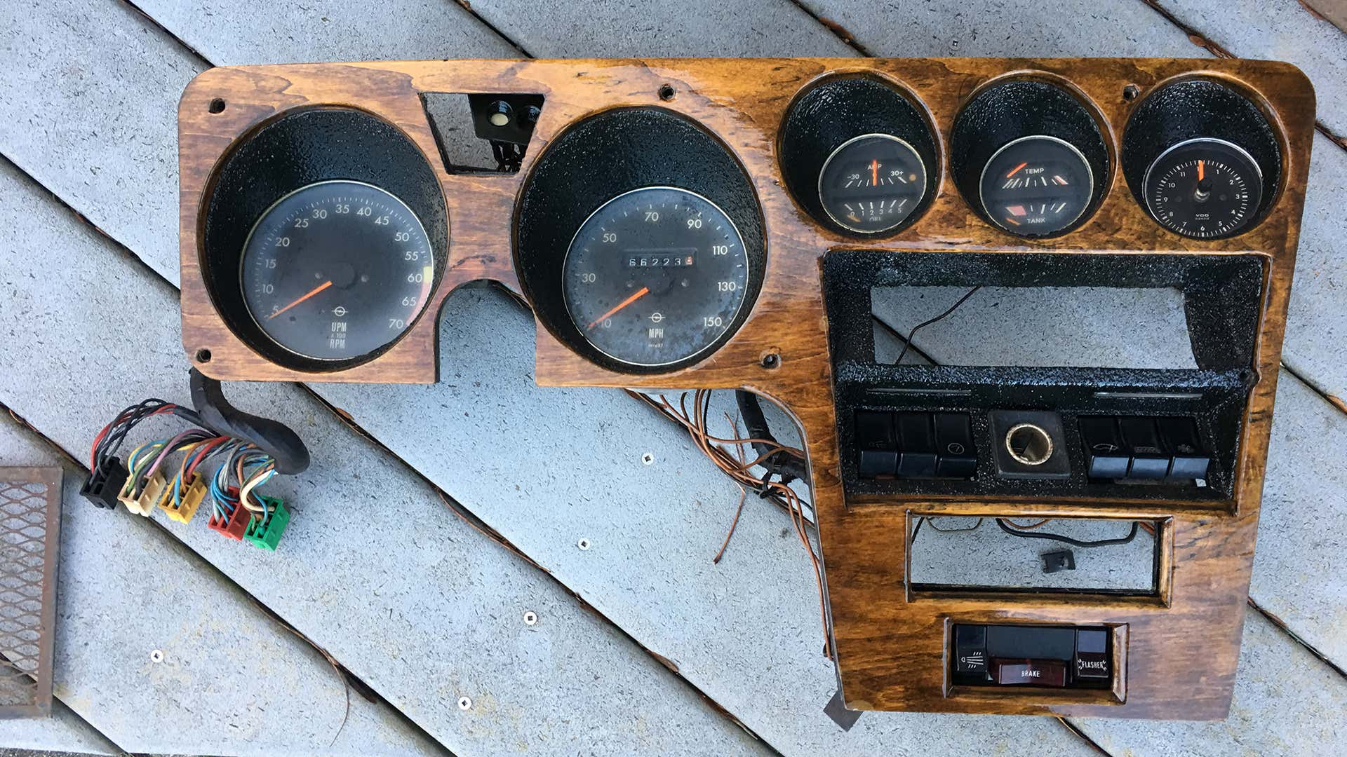 A modified 1970 Opel GT dashboard.