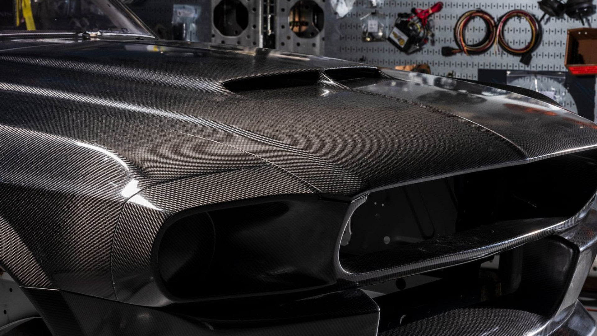 This Carbon Bodied 1967 Ford Mustang Shelby Gt500 Recreation Will Set You Back 300 000