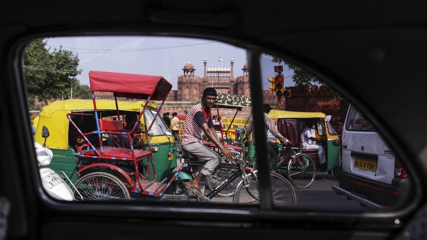 Uber Drivers' Banker-Beating Pay In India Cools As Cabs Multipl