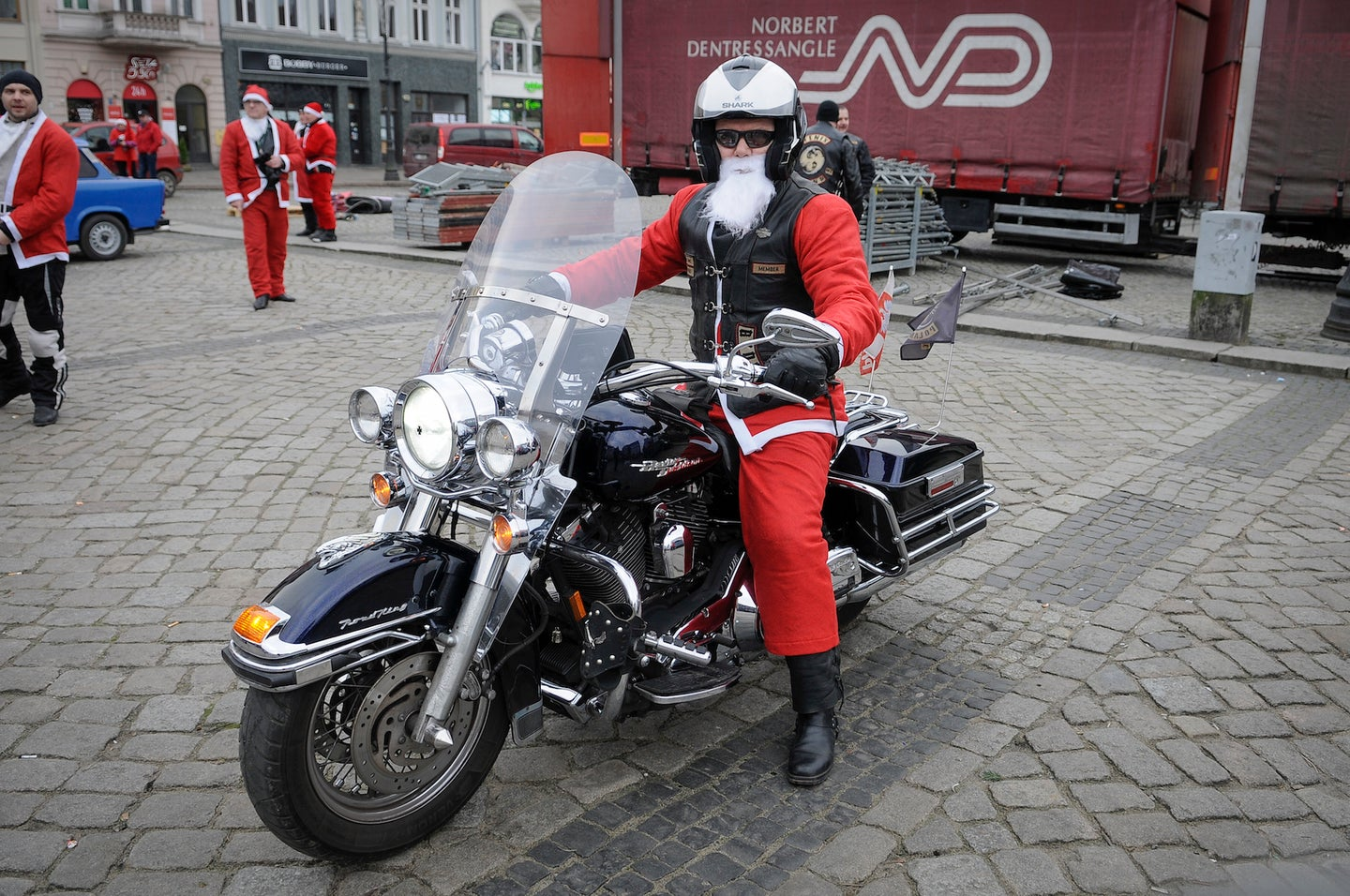 Poland: Santa Claus on Motorcycles for Children's Charity