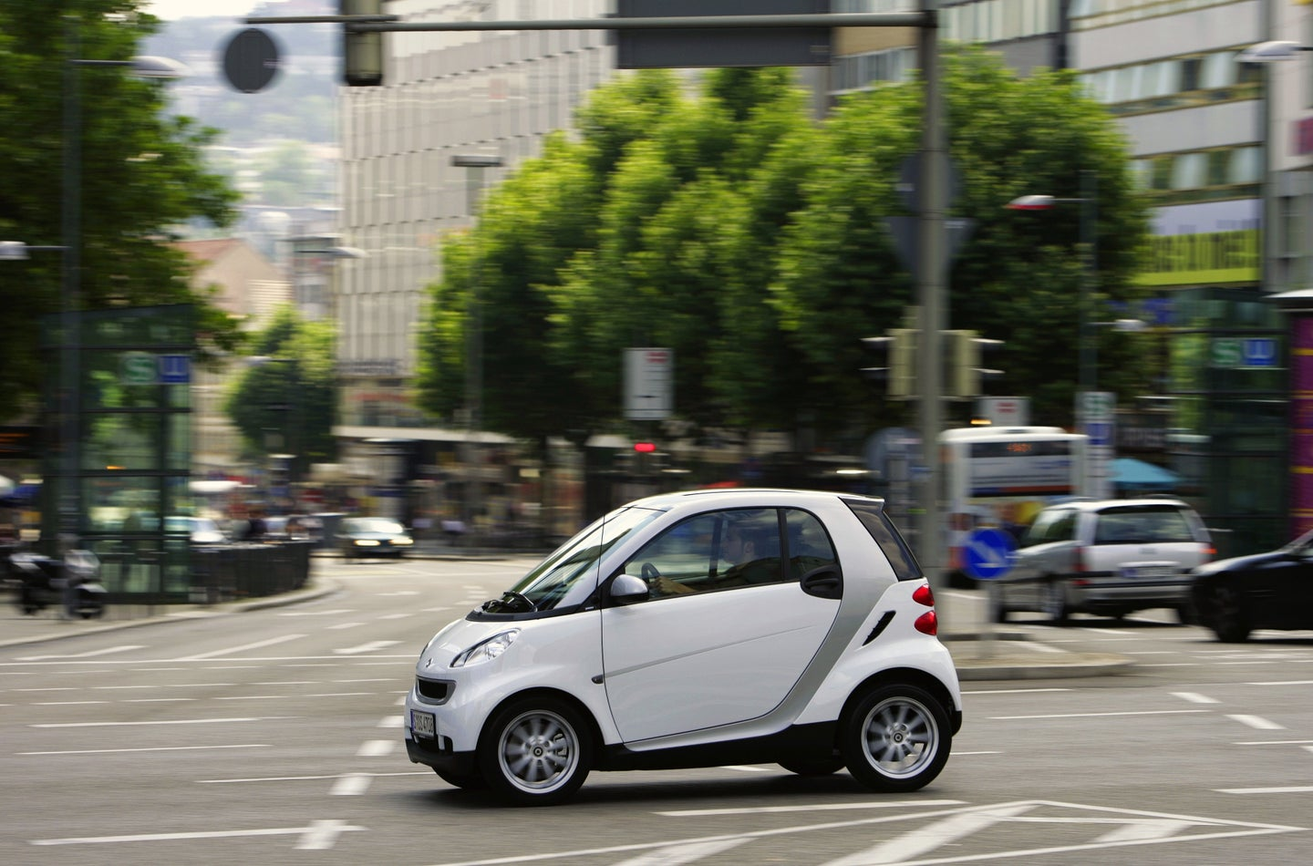 Almost 43,000 Smart Cars Recalled by Mercedes-Benz in the US