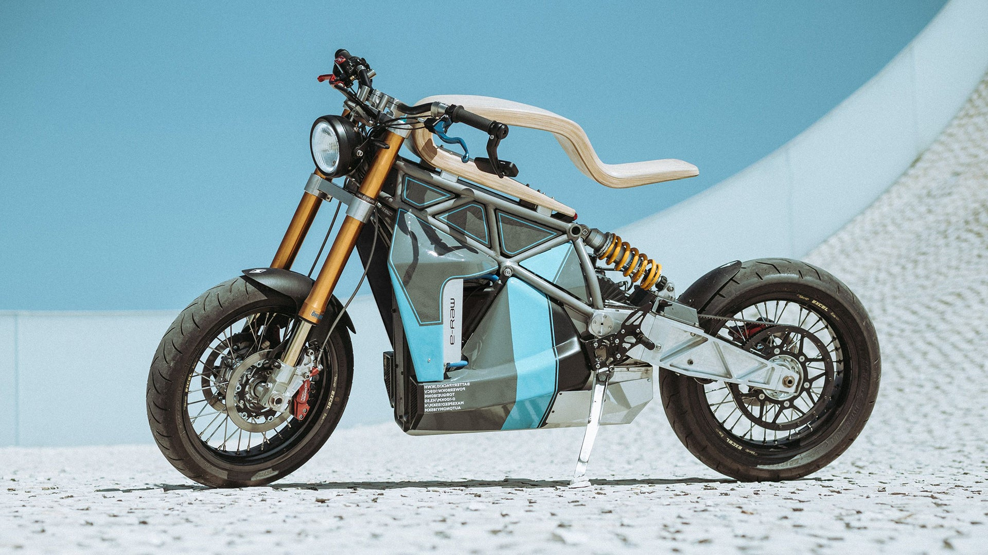 Essence Motorcycles E-Raw New