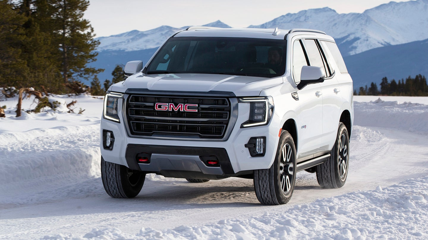 2021 GMC Yukon AT4 hurricane turn
