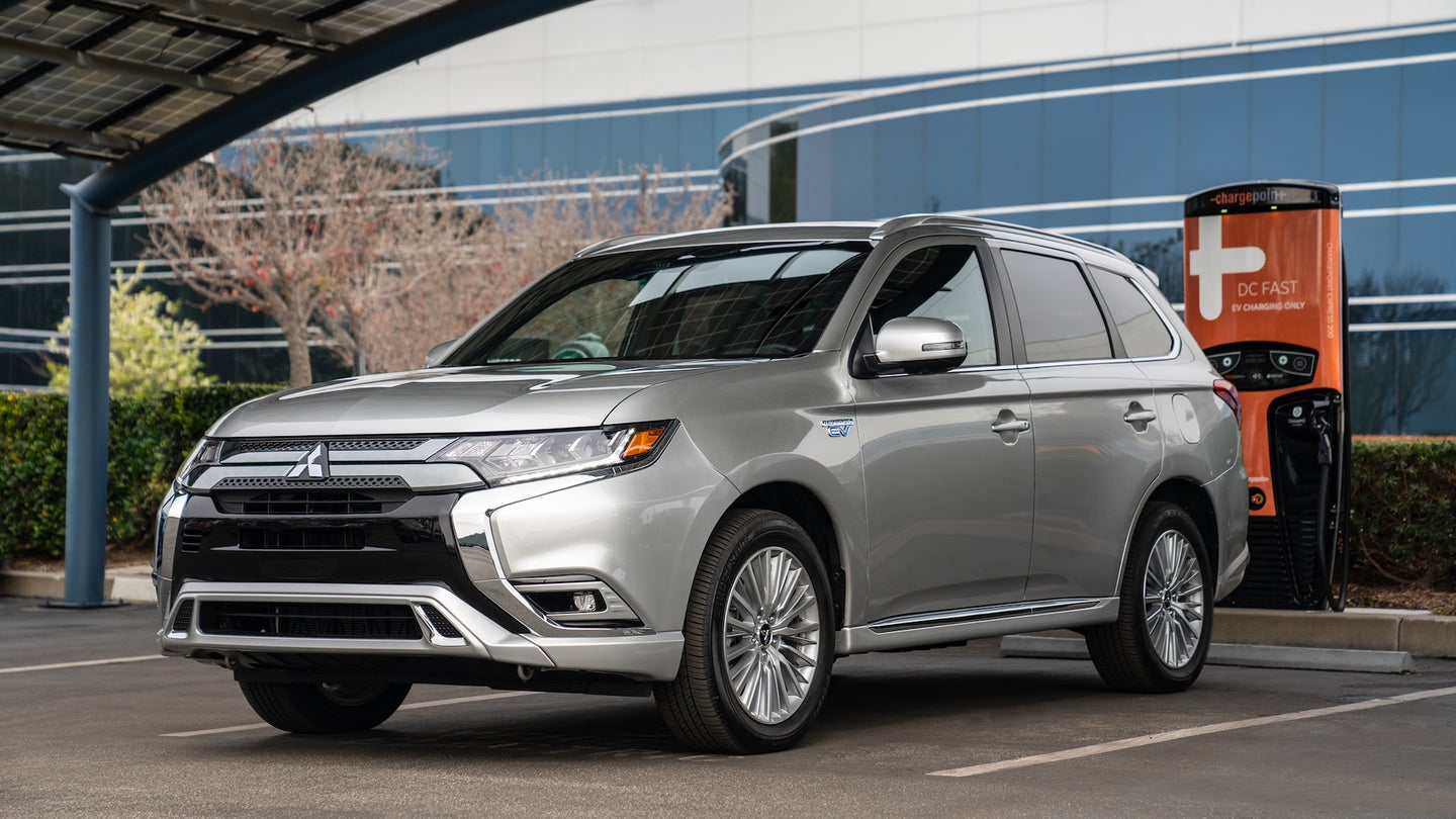 2019 Mitsubishi Outlander PHEV recognized as 'Best In Class Gr