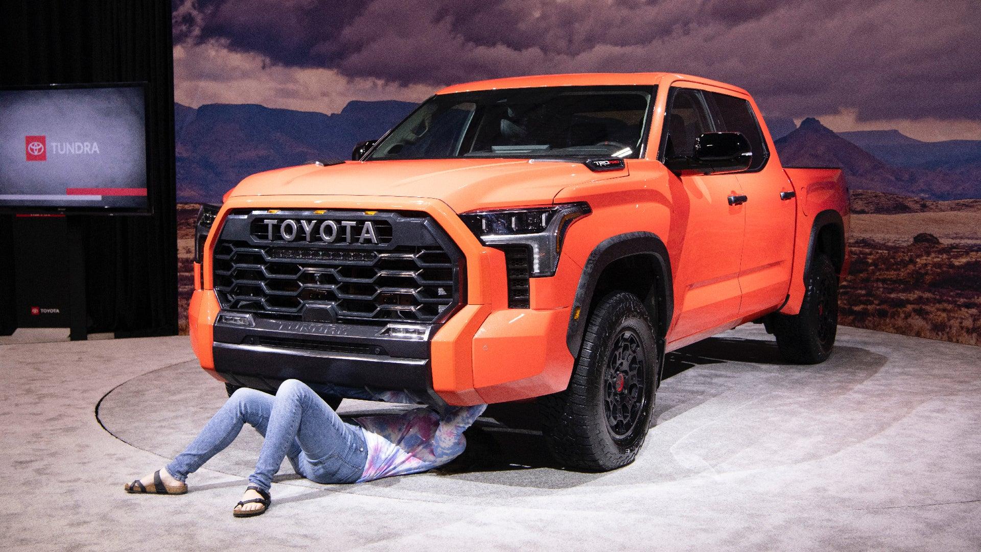 انطباعات تويوتا تندرا 2022 العملية: دعونا نرغب في الخروج بشاحنة ما قبل الإنتاج  🚀