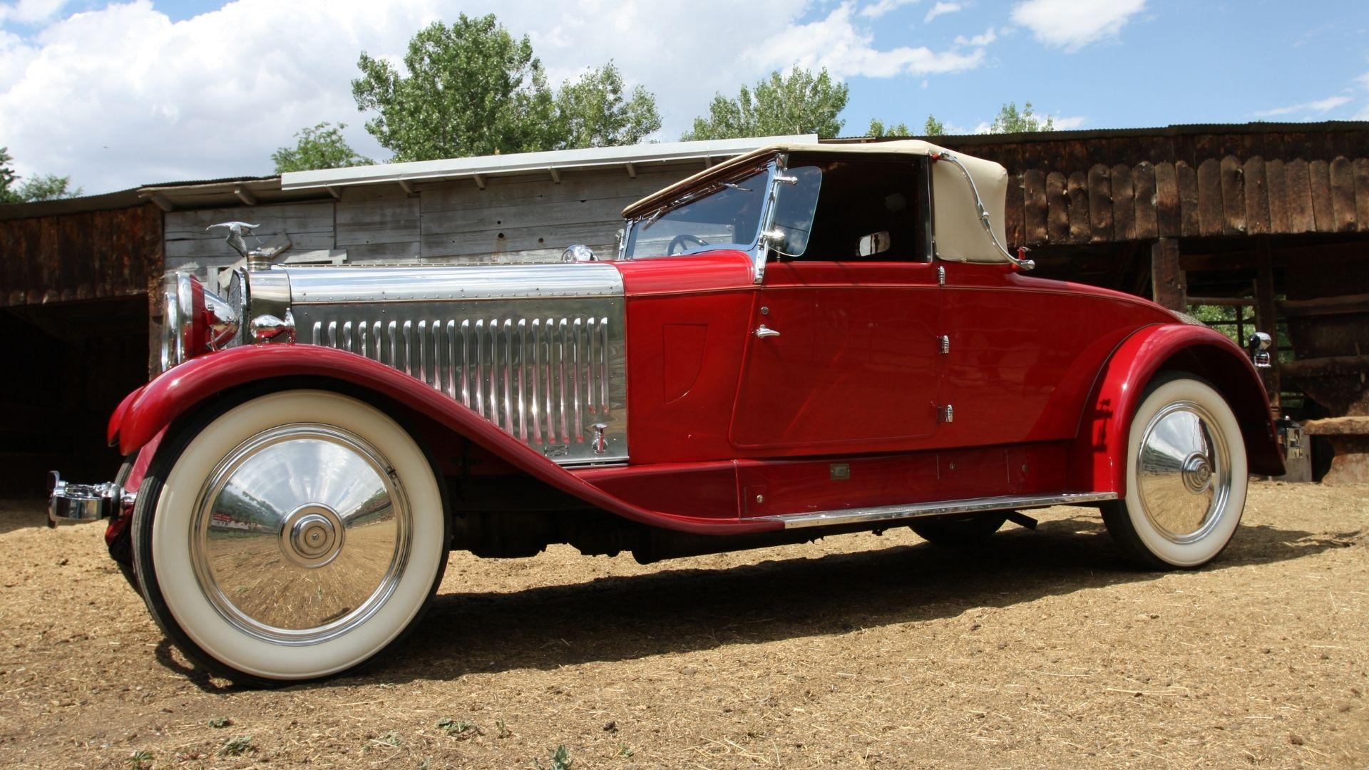 كيف اشترى روائي سيارة هيسبانو سويزا عام 1926 في مزاد بعد ثلاثة مارتينيز  🚀